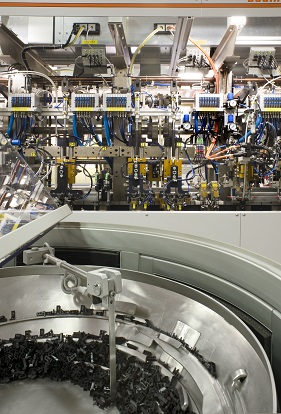 Also Rold, like Sabaf, considers its functional and technological competences concerning products and productive processes as strong points. This image shows a detail of an automated line for the volume manufacturing of doorlocks for washing machines